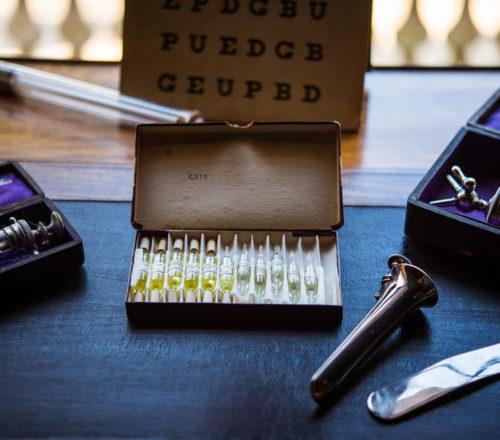 Instruments médicaux de la famille de Laurière